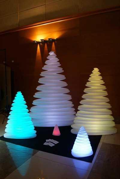 CHRISMY Tree XL (200cm) LED